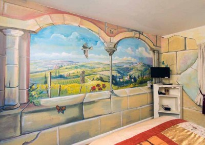 Tuscan Themed Room